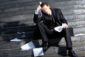 Los nuevos abogados pueden quedarse atascados en un área de práctica que no disfrutan simplemente porque necesitan ganar dinero,